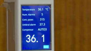 colegios medición de temperatura